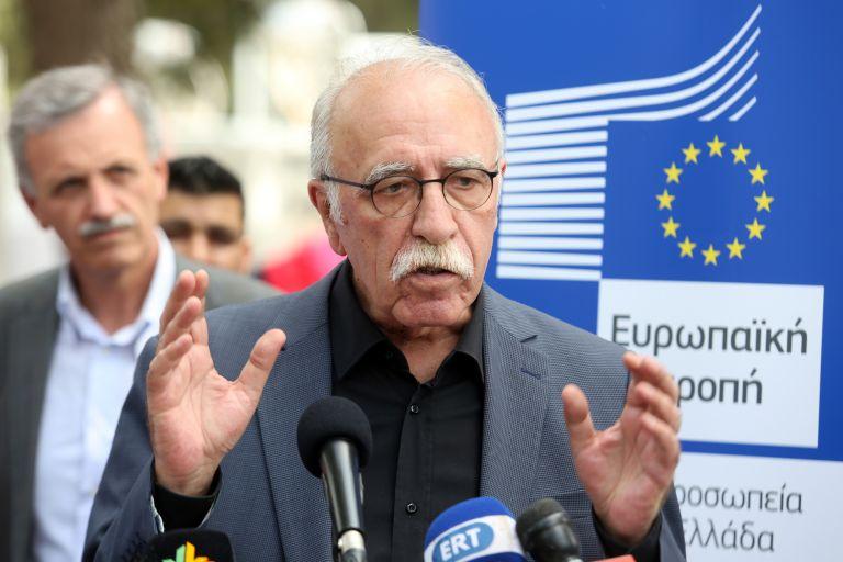 Δ. Βίτσας: Οι πρόσφυγες πρέπει να σέβονται τους νόμους του κράτους που τους φιλοξενεί | tovima.gr