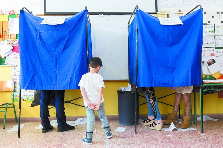 Πού κερδίζει έδρες η ΝΔ, πού χάνει ο ΣΥΡΙΖΑ | tovima.gr
