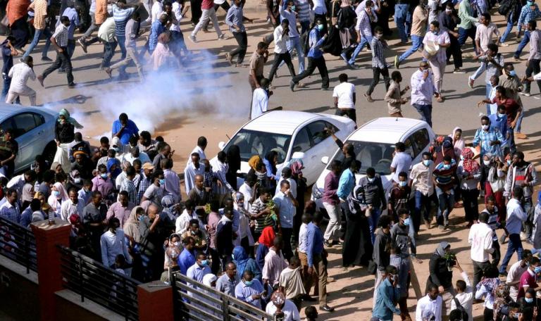Σουδάν: Nεκρός στις χθεσινές αντικυβερνητικές διαδηλώσεις | tovima.gr
