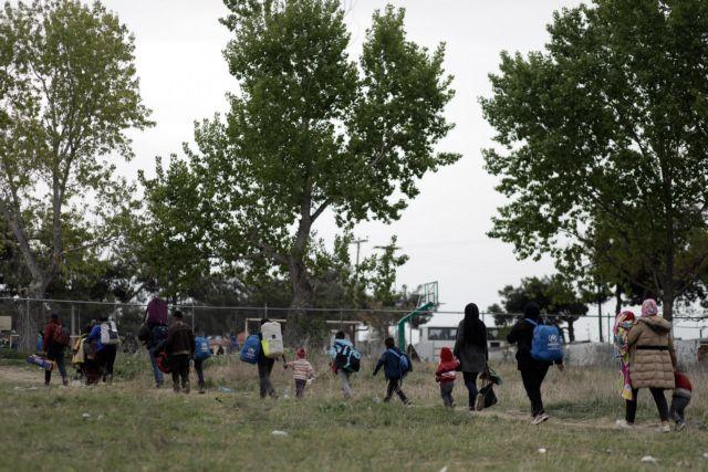 Διαβατά: Αποχωρούν και οι τελευταίοι πρόσφυγες | tovima.gr