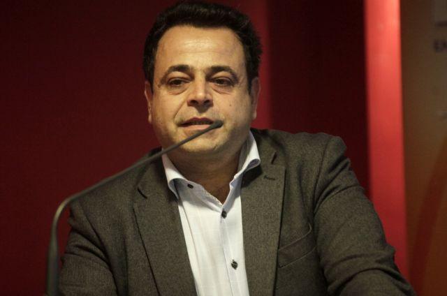 Αιχμές Ν.Σαντορινιού για την επιχείρηση των λιμενικών στα Εξάρχεια   tovima.gr