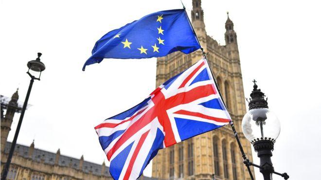 Η μοναχική πορεία της Βρετανίας προς το άγνωστο | tovima.gr