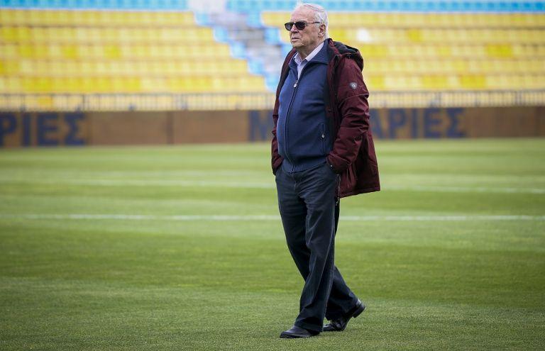 Θεοδωρίδης: «Είναι ντροπή, η ΕΡΤ δείχνει ασέβεια προς τον Ολυμπιακό» | tovima.gr