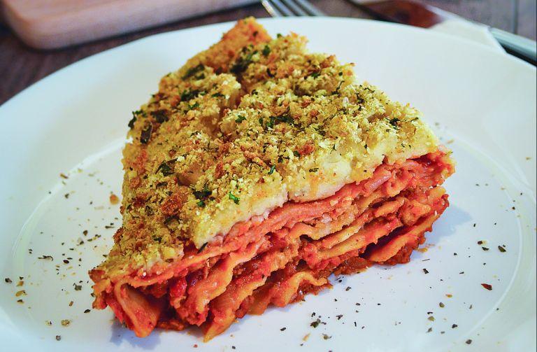 Λαζάνια με μπεσαμέλ γιαουρτιού | tovima.gr