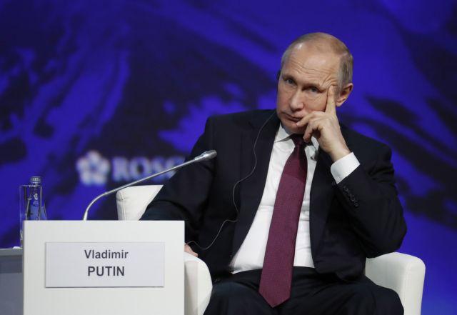 Πούτιν: Οχι στις ανεξέλεγκτες αυξήσεις της τιμής του πετρελαίου | tovima.gr