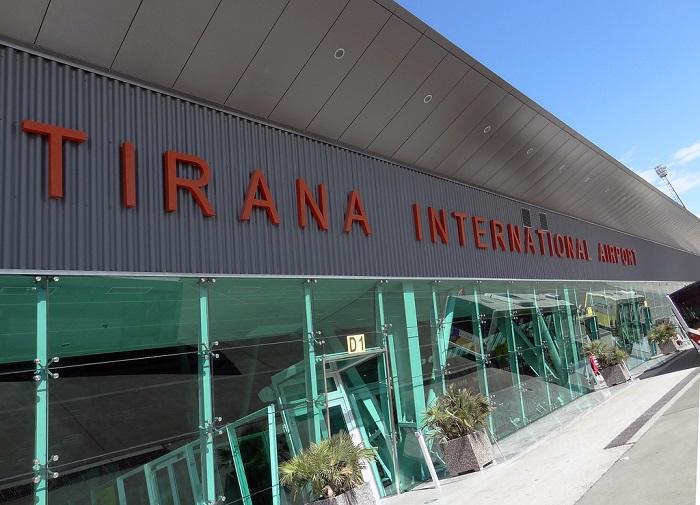 Αλβανία: Εισβολή ένοπλων στο αεροδρόμιο Τιράνων – Ένας νεκρός | tovima.gr