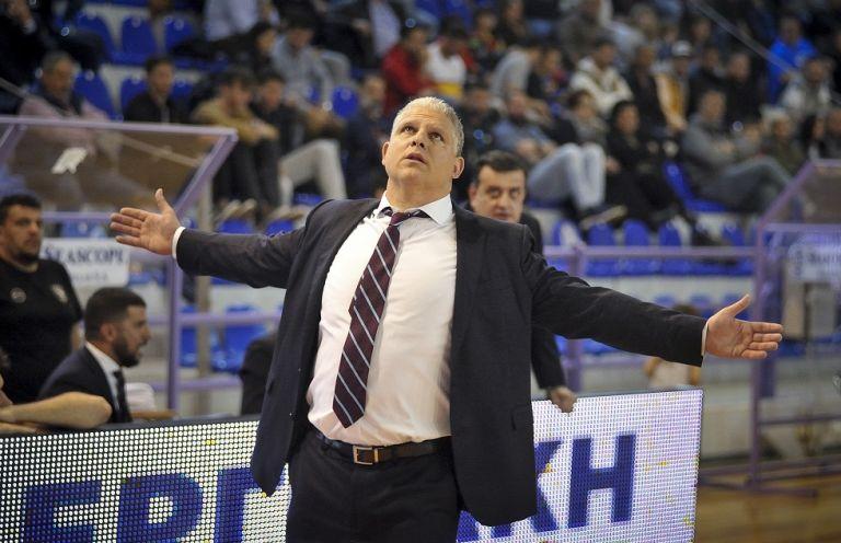 Παράπονα Μανωλόπουλου για τη διαιτησία   tovima.gr