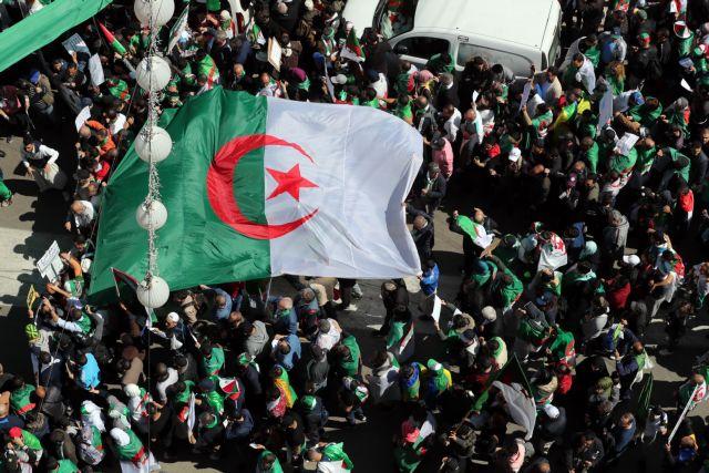Αλγερία: Ο στρατός απαιτεί διώξεις εναντίον της διεφθαρμένης κυβερνώσας ελίτ | tovima.gr