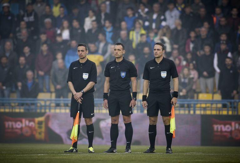 Οι ορισμοί των διαιτητών για την 28η αγωνιστική της Super League | tovima.gr