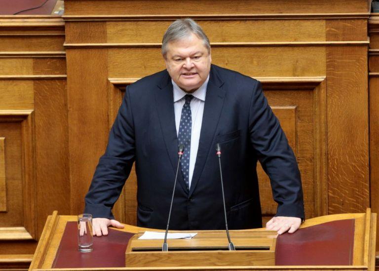 Βενιζέλος: Θλίψη στον ΣΥΡΙΖΑ για την κατάρρευση της σκευωρίας Novartis | tovima.gr