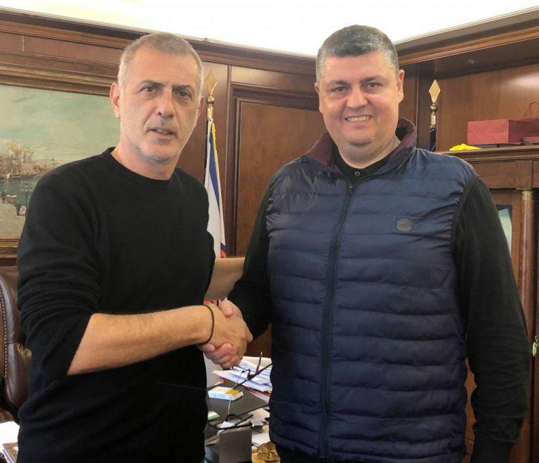 Νέοι υποψήφιοι με τον Γιάννη Μώραλη και το συνδυασμό «Πειραιάς Νικητής»   tovima.gr