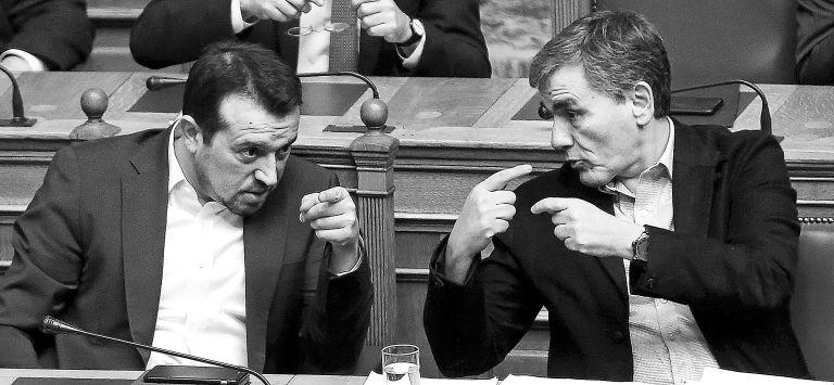 Στις συμπληγάδες Τσακαλώτου – Παππά ο Τσίπρας | tovima.gr