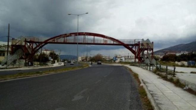 Βόλος: Αστυνομικοί απέτρεψαν δύο αυτοκτονίες   tovima.gr