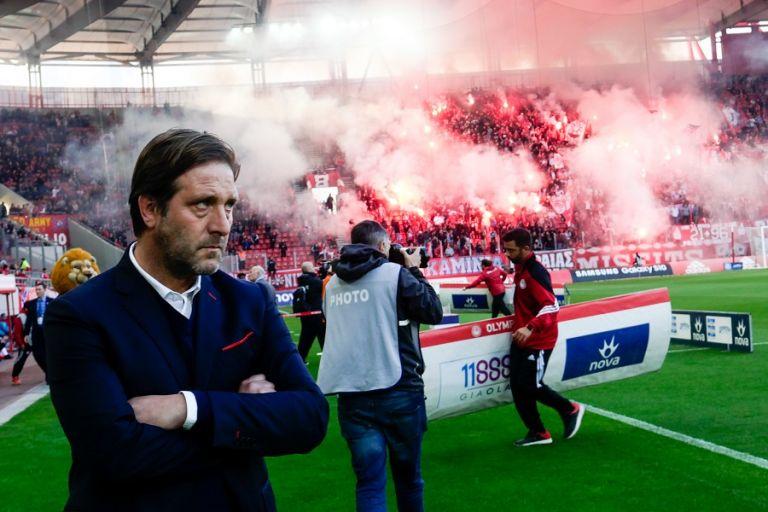 Μαρτίνς: «Ένα μεγάλο χειροκρότημα στους παίκτες μου» | tovima.gr