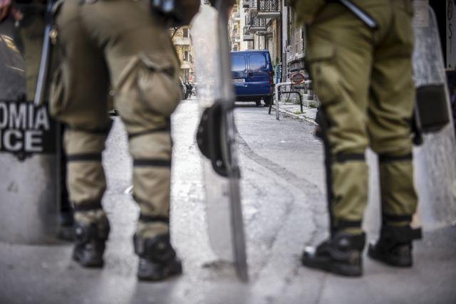 Εξάρχεια: Νέα στοιχεία για το αιματηρό επεισόδιο – Καταθέσεις για «διογκωμένο συμβάν» και «πολιτικές παρεμβάσεις» | tovima.gr