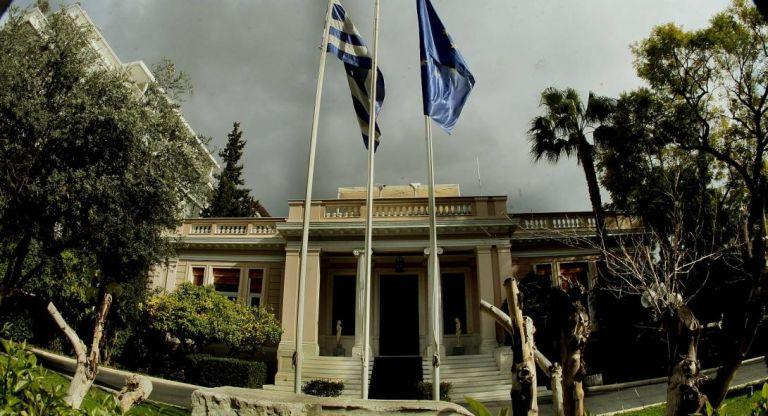 Οι γκάφες «πνίγουν» το Μαξίμου – Σε δυσχερή θέση ο Τσίπρας | tovima.gr