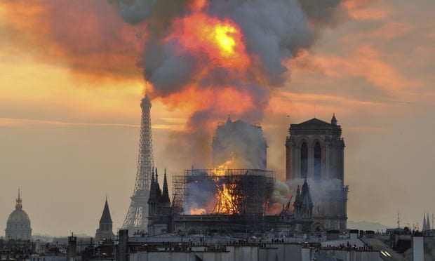 Παναγία των Παρισίων: Τι έκανε την πυρκαγιά να εξαπλωθεί τόσο γρήγορα | tovima.gr