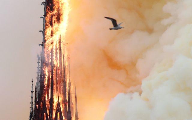 Παναγία των Παρισίων: Ξύπνησε «πληγωμένη» – Παγκόσμια θλίψη | tovima.gr