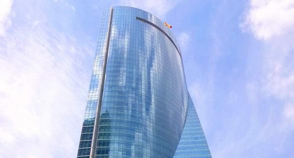 Συναγερμός στη Μαδρίτη: Εκκενώνεται ουρανοξύστης | tovima.gr