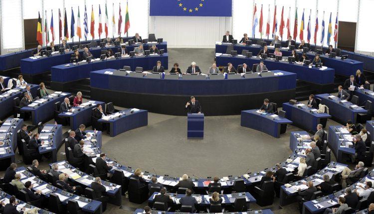 ΕΕ: Οι διαδικτυακές εταιρείες θα αφαιρούν περιεχόμενο που σχετίζεται με την τρομοκρατία   tovima.gr