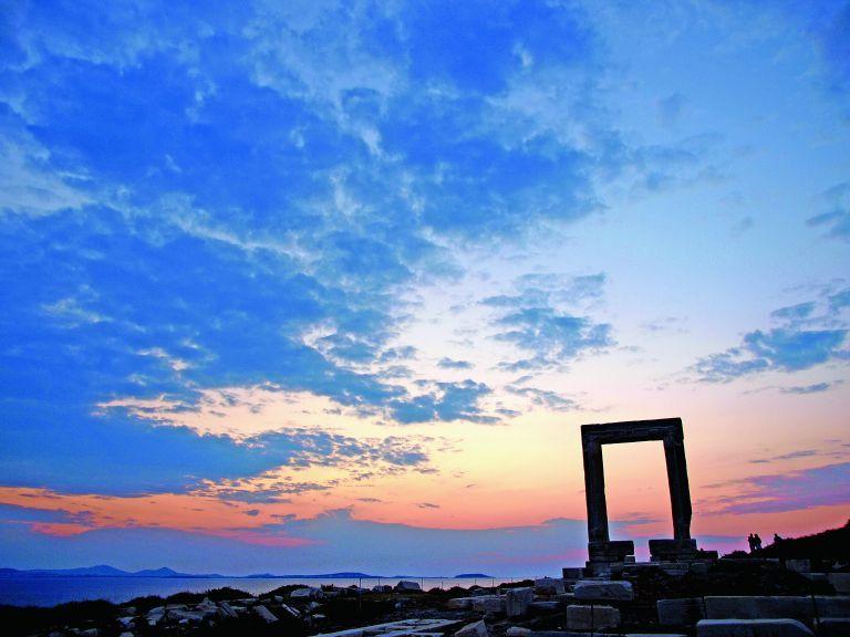 Στο Google Arts & Culture ο Ναός του Απόλλωνα στη Νάξο | tovima.gr