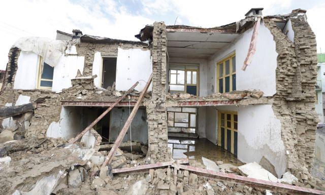 Αφγανιστάν: Έκρηξη και πυροβολισμοί στην Καμπούλ   tovima.gr
