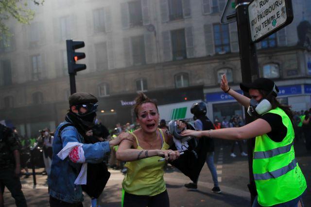 Γαλλία: Συγκρούσεις αστυνομικών με τα Κίτρινα Γιλέκα | tovima.gr