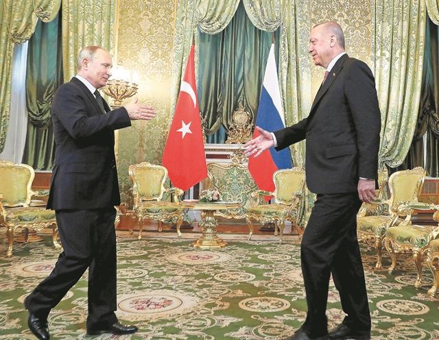 Η Τουρκία βυθισμένη στην απόγνωση και στην απομόνωση | tovima.gr