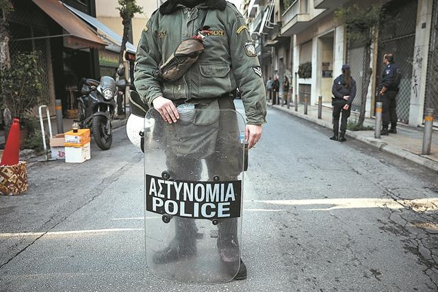 Ψάχνουν για νέο κύκλωμα διαφθοράς αστυνομικών | tovima.gr