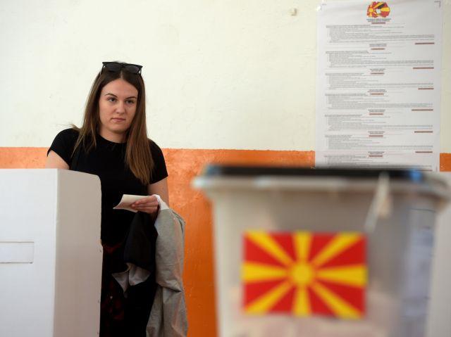 Με τη συμμετοχή στο 40% έκλεισαν οι κάλπες στη Βόρεια Μακεδονία   tovima.gr