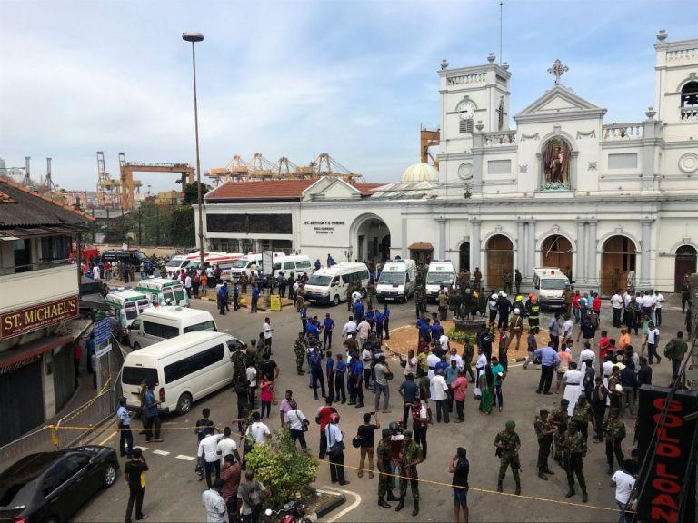 Μακελειό στη Σρι Λάνκα: Eκρήξεις σε εκκλησίες και ξενοδοχεία με 42 νεκρούς | tovima.gr