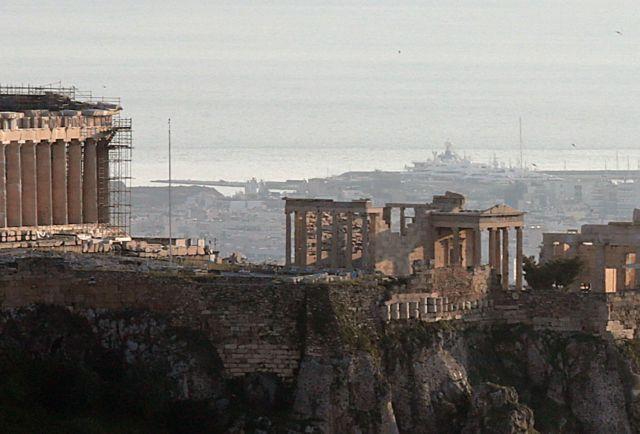 Αποκαταστάθηκε το αλεξικέραυνο στον αρχαιολογικό χώρο της Ακρόπολης | tovima.gr