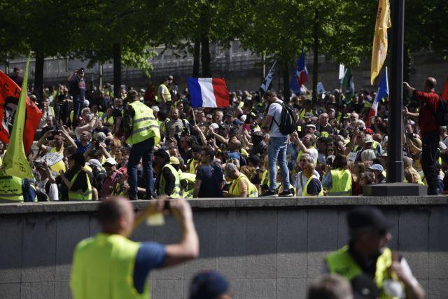 Το 60% των Γάλλων θέλει να σταματήσουν οι κινητοποιήσεις των «κίτρινων γιλέκων» | tovima.gr