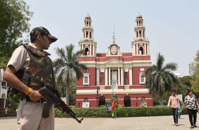Σε κατάσταση έκτακτης ανάγκης η Σρι Λάνκα – Κλειστές όλες οι εκκλησίες | tovima.gr