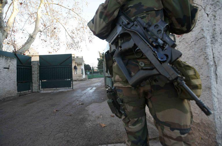 Συλλήψεις 210 στρατιωτικών στην Τουρκία για συνεργασία με το δίκτυο Γκιουλέν   tovima.gr
