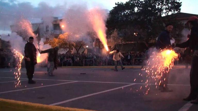 Καλαμάτα: Οργή κατά του σαϊτοπόλεμου μετά το θάνατο του εικονολήπτη – Στον ανακριτή 7 συλληφθέντες | tovima.gr