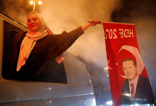 Τουρκία εκλογές: Νίκη Ερντογάν με αρκετά γκρίζα σημεία | tovima.gr