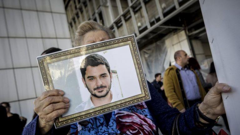 «Ο Μάριος Παπαγεωργίου ζει», ισχυρίστηκε απολογούμενος ο κατηγορούμενος για τη δολοφονία του | tovima.gr