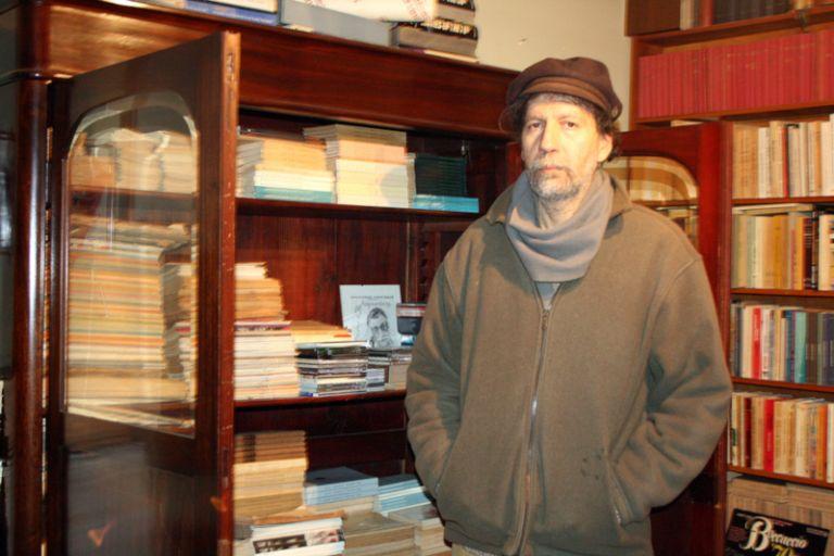 Ο γιος του ποιητή Μ. Αναγνωστάκη «αδειάζει» τον Τσίπρα | tovima.gr