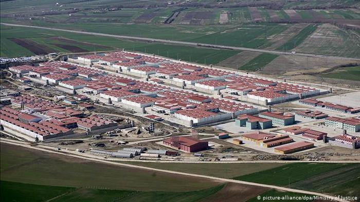 Τουρκία: αντιφρονούντες στο βασανιστήριο της απομόνωσης   tovima.gr
