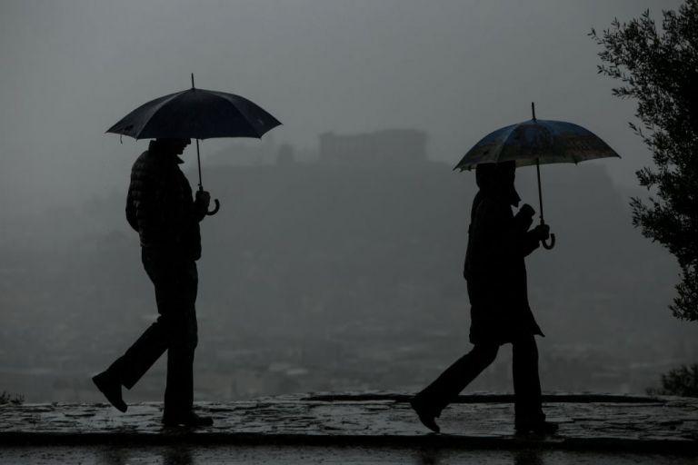 βροχές, καταιγίδες, χαλάζι από το βράδυ της Δευτέρας | tovima.gr