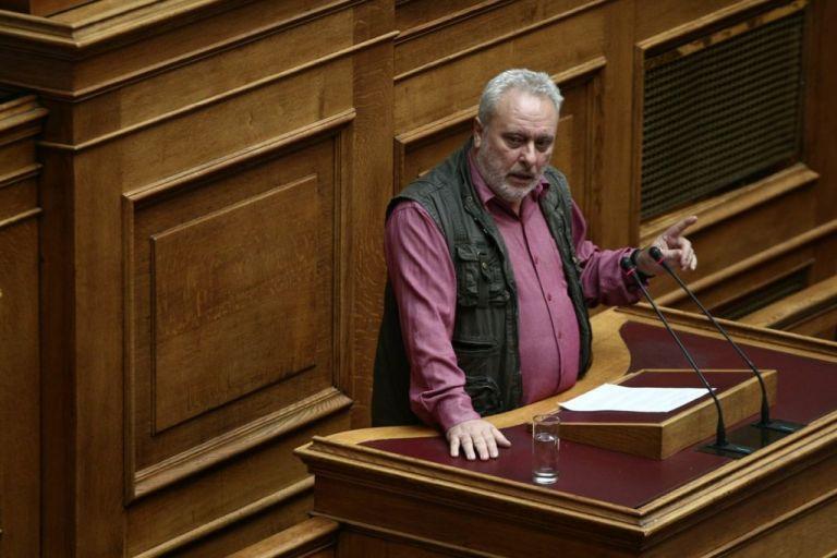 Σάλος με το σεξιστικό σχόλιο Ψαριανού για Αχτσιόγλου   tovima.gr