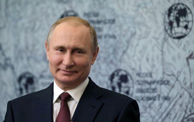 Πούτιν – Πομπέο συναντώνται για τη «σταθεροποίηση» των διμερών σχέσεων | tovima.gr