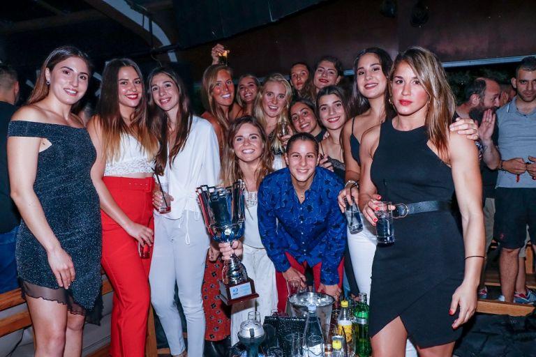 Τα «έσπασαν» σε νυχτερινό κέντρο τα κορίτσια του Ολυμπιακού (pics) | tovima.gr