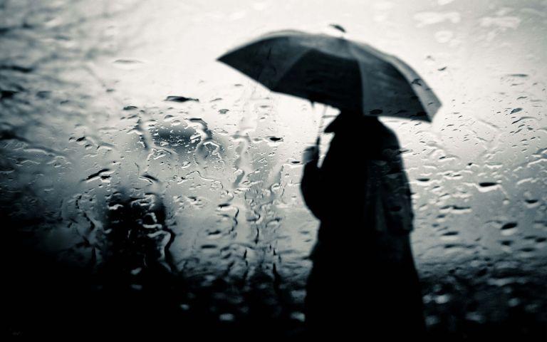 Καιρός : Βροχές και καταιγίδες σήμερα Παρασκευή, καλοκαίρι το Σαββατοκύριακο | tovima.gr