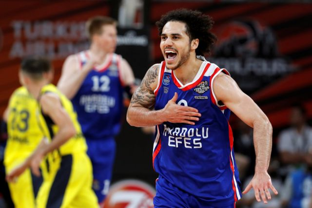 Euroleague : Με αφιονισμένους Λάρκιν – Μίτσιτς η Εφές στον τελικό | tovima.gr