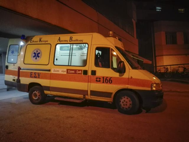 Τραυματισμοί μετά από συμπλοκή στο κέντρο προσφύγων  Λάρισας | tovima.gr