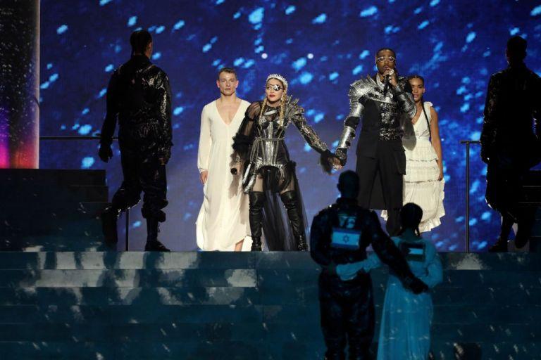 Eurovision: Σκληρή κριτική για την εμφάνιση της Μαντόνα | tovima.gr