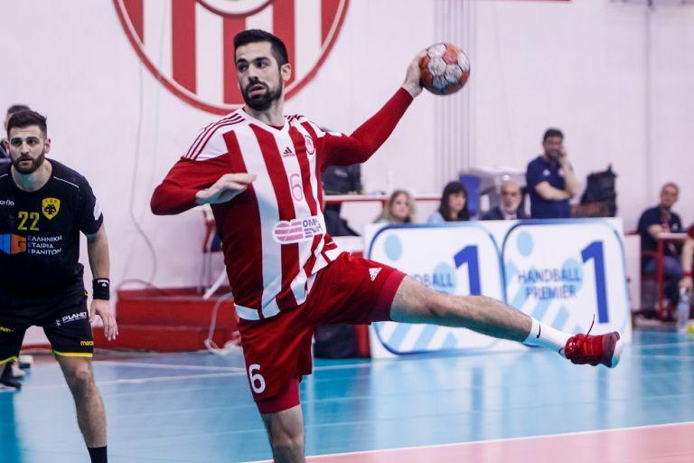 LIVE: ΑΕΚ – Ολυμπιακός | tovima.gr