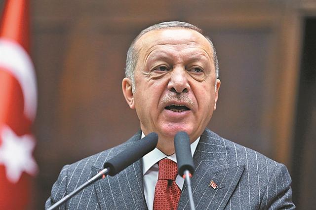 Ο Ερντογάν ντύνει στο χακί την τουρκική οικονομία | tovima.gr